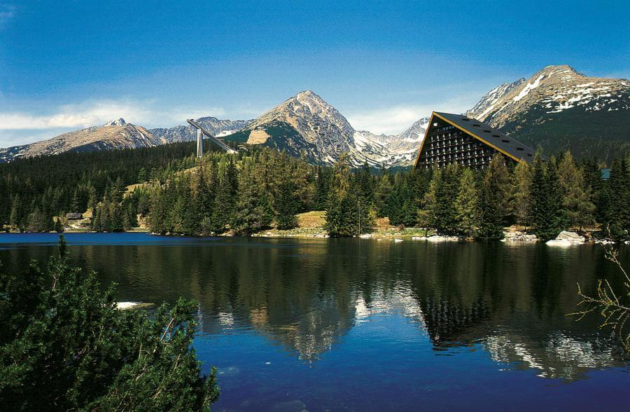 hotel-patria-strbske-pleso-vysoke-tatry-slovensko-lyzovacka-ski-ubytovanie-v-na-sk-big-Patria-letna2